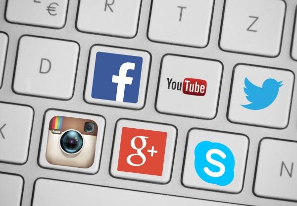 social-media-trends-in-2016-v1